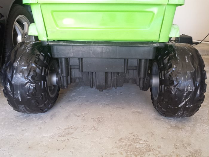 Power Wheels Rear Tires after wrapping with Duck Tape