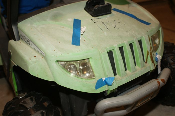 PowerWheels Jeep Before Restoration Front Hood
