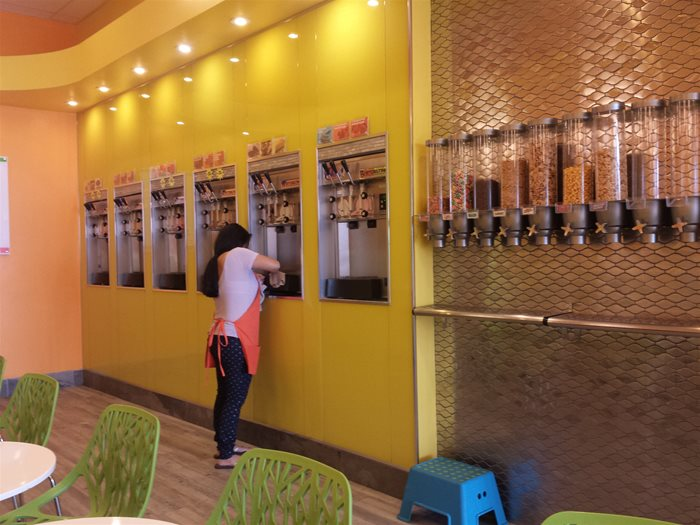 Yogo Frozen Yogurt Machines