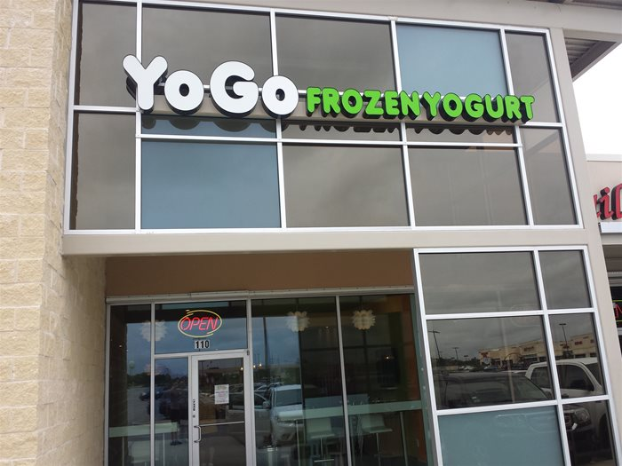 Yogo Frozen Yogurt Pearland